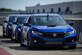 honda civic r review 2018 honda civic type r gear patrol