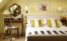 Bedroom Decoration Lights 14 Exles Of Wall Lights Effect In Bedroom Decor