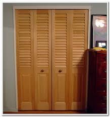 Wood Closet Doors Accordian Closet Door Accordion Closet Doors Ideas Indoor And