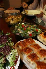 Large Party Dinner Ideas - how to host a large party in a small home random pinterest