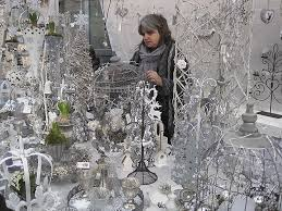 Christmas Decorations In White And Silver by Christmas Decorations Fashion Trends 2011