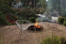 Gravel Fire Pit Area - low cost luxe 9 pea gravel patio ideas to steal gardenista