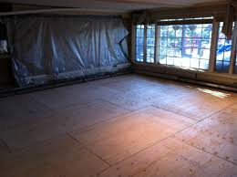 Can I Lay Laminate Flooring Over Tile Flooring 7uszd How To Level Floor Basement Can I This Concrete
