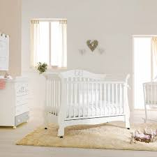 how to choose a baby cot blog