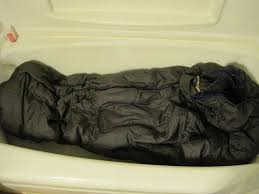 How To Wash A Bathtub How To Wash A Sleeping Bag 7 Steps With Pictures
