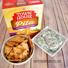 casual entertaining easy spinach dip happy hour projects