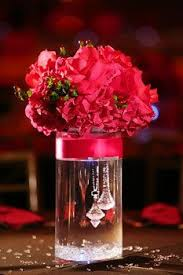 wedding centerpiece ideas cylinder vase wedding centerpiece idea for the smaller