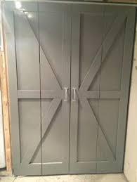 Folding Door Closet Make Bi Fold Doors Look Like Rustic Barn Doors Cheap Easy Diy
