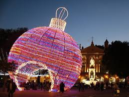 best christmas decorations where to see the world s best christmas lights christmas lights