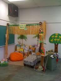 reading hut for my daughters kindergarten classroom classroom
