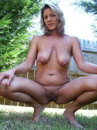 back yard nudist pics