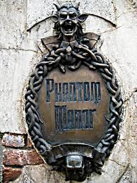 phantom manor the haunted mansion at disneyland paris