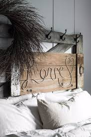 Barn Wood Letters 50 Cool And Crafty Diy Letter And Word Signs Diy Joy