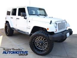 white jeep sahara 2017 jeep wrangler unlimited sahara in texas for sale 64 used
