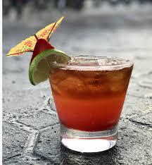 strawberry u0027n stormy drinks u0026 decor