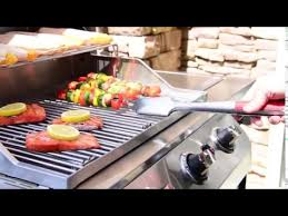 char broil signature 2b cabinet grill char broil signature 350 2 burner cabinet gas grill demo youtube