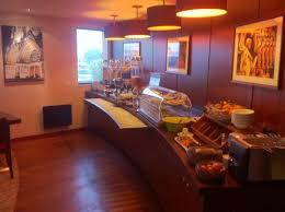 petit déjeuner photo de qualys hotel reims tinqueux tinqueux