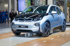 bmw factory assembly line apple in talks with bmw about electric car report