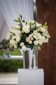 wedding flowers oahu coral and green wedding flowers oahu wedding tablescape ideas