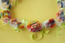 candy leis how to make candy leis candy leis leis and birthdays
