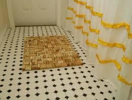tappeto con tappi di sughero come creare un tappetino con i tappi di sughero greenme
