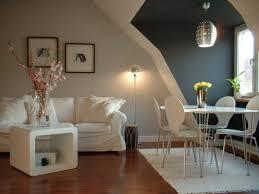 wohnzimmer neu streichen weiße und graue wände wohnung streichen wohnzimmer streichen