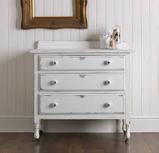 White Furniture Paint A Chalky Furniture Paint Makeover Woodie U0027s