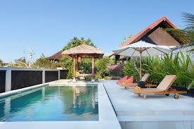 guesthouse harmonius surf camp uluwatu indonesia booking com