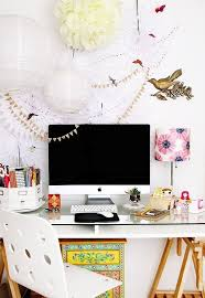 how to decorate a desk cute and creative ways to decorate your desk at work women daily