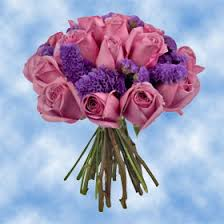 purple roses with statice flowers centerpieces for wedding