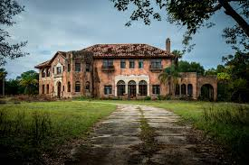 historic haunted mansion for sale just north of orlando in howey