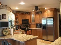 Kitchen Colors With Oak Cabinets And Black Countertops 24 Best Kitchen Images On Pinterest Oak Kitchens Oak Kitchen