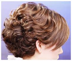 curly and short haircut showing back curly hairstyles back view