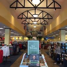Barnes Noble Austin Smu Bookstore Barnes And Noble Booksellers 14 Reviews