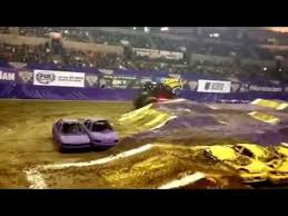 monster jam wheelies doomsday 2015 trenton nj