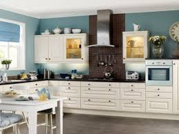 Yellow Kitchens With White Cabinets - yellow kitchen color with white cabinets kitchen color schemes