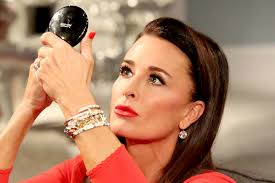 does kyle richards wear hair extensions the number one beauty question kyle richards receives from fans