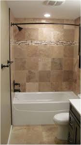 Best 25 Bungalow Bathroom Ideas by Best 25 Tile Tub Surround Ideas On Pinterest How To Tile A Tub