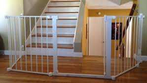 Baby Gates For Bottom Of Stairs With Banister Child Safety Gates Child Safety Gates For Stairs Size John