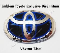 toyota hybrid logo jual emblem logo toyota biru ori hitam new model 15 cm hybrid