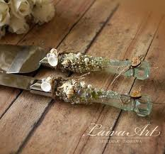 how to decorate wedding cake knife and server gorgeous accent for