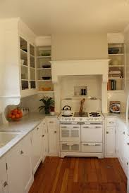 Kitchen Ideas For Small Kitchens by Best 25 1920s Kitchen Ideas On Pinterest 1920s House Bungalow