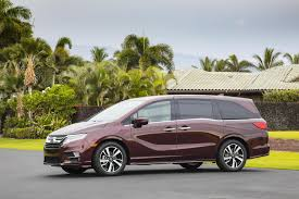 honda odyssey cars and motorcycles pinterest honda odyssey 2018 honda odyssey minivan myautoworld com