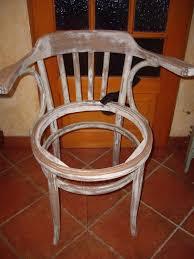 fauteuil de malade relooking d une chaise fauteuil les p tites bobines