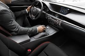 youtube lexus es 2015 2015 lexus crafted line to debut at pebble beach motor trend wot