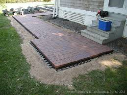 Raised Paver Patio Clay Paver Dinning Patio With Raised Planter And