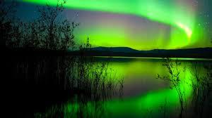 green northern lights canada hd wallpaper 1800x2880 wallpapers13