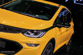 opel ampera the 2017 opel ampera e has arrived in paris its maximum range