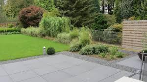 gartengestaltung mit steinen und grsern gräser garten nach der fertigstellung