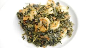 cuisiner epinard épinards sautés aux crevettes recette par tchop afrik a cuisine
